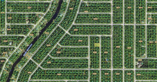 271 Munoz Street, Port Charlotte, FL 33953 (MLS #T3144500) :: RE/MAX Realtec Group