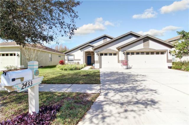 2433 Nesslewood Drive, Wesley Chapel, FL 33543 (MLS #T3157599) :: Cartwright Realty