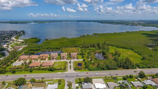 9204 43RD Terrace W, Bradenton, FL 34209 (MLS #T3160185) :: GO Realty