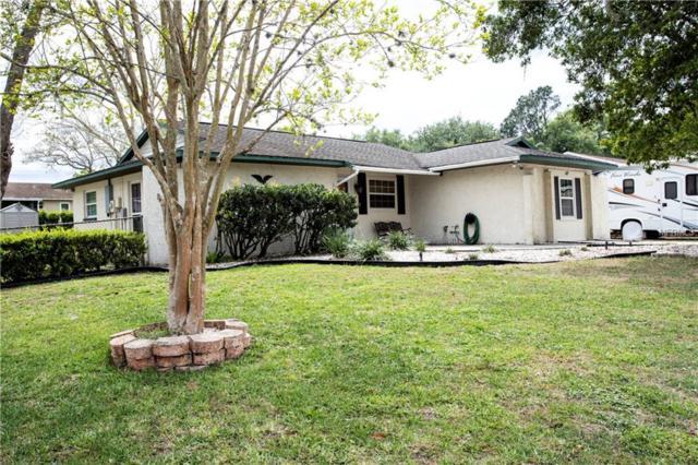 627 Red Robin Road, Seffner, FL 33584 (MLS #T3162470) :: Jeff Borham & Associates at Keller Williams Realty