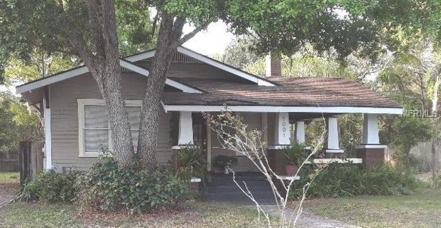 1001 E Ellicott Street, Tampa, FL 33603 (MLS #T3163694) :: The Duncan Duo Team