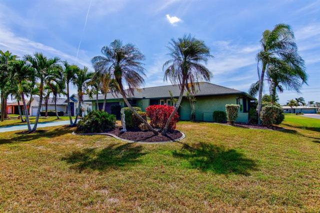 1304 SE 22ND Terrace, Cape Coral, FL 33990 (MLS #T3163773) :: Team Suzy Kolaz