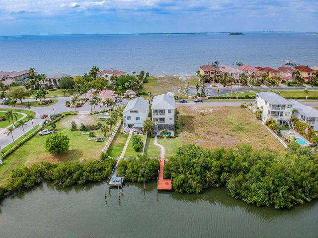6403 Marbella Boulevard, Apollo Beach, FL 33572 (MLS #T3164192) :: The Duncan Duo Team