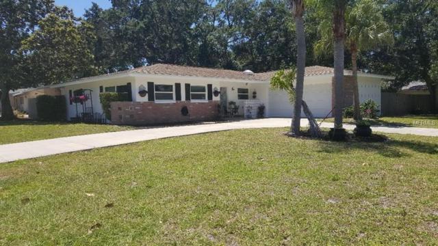 1407 Fairway Drive, Dunedin, FL 34698 (MLS #T3170228) :: Myers Home Team