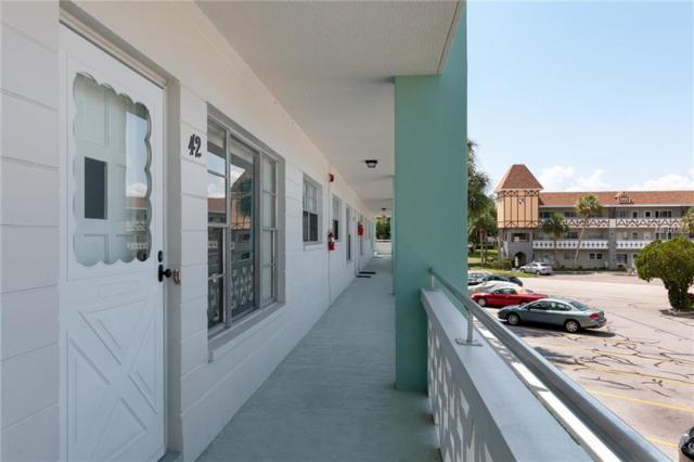 2456 Ecuadorian Way Way #42, Clearwater, FL 33763 (MLS #T3175588) :: Paolini Properties Group