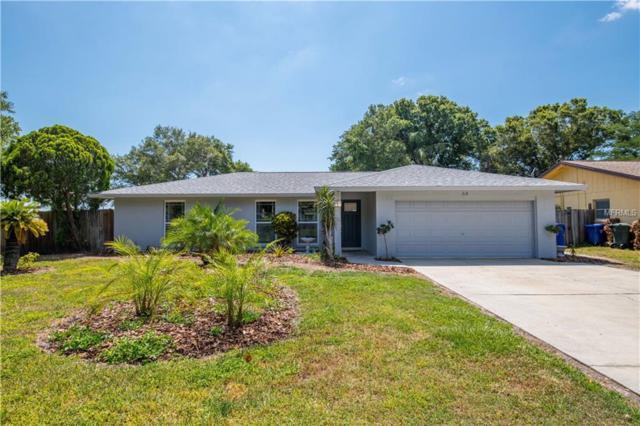 64 Oakwood Drive, Dunedin, FL 34698 (MLS #T3176863) :: Mark and Joni Coulter | Better Homes and Gardens
