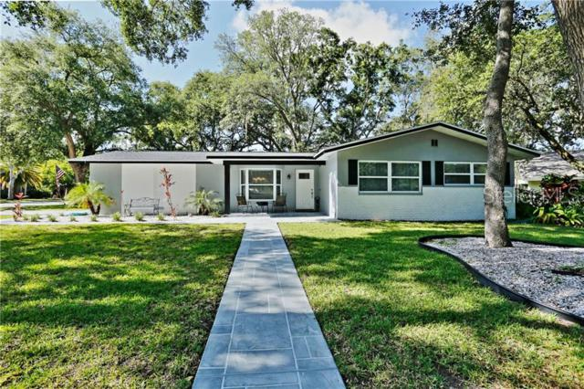 1021 Oak Circle, Palm Harbor, FL 34683 (MLS #T3178641) :: Delgado Home Team at Keller Williams