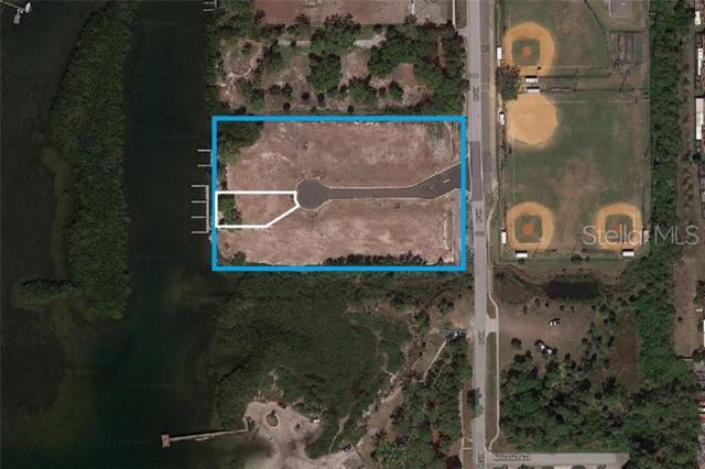 Lot 6 Harbor Palms Court, Palm Harbor, FL 34683 (MLS #T3180333) :: The Duncan Duo Team