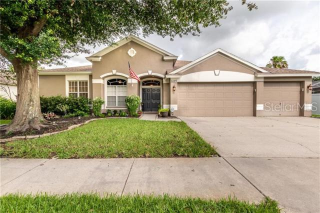 1207 Willow Bend Way, Lutz, FL 33549 (MLS #T3180557) :: Andrew Cherry & Company