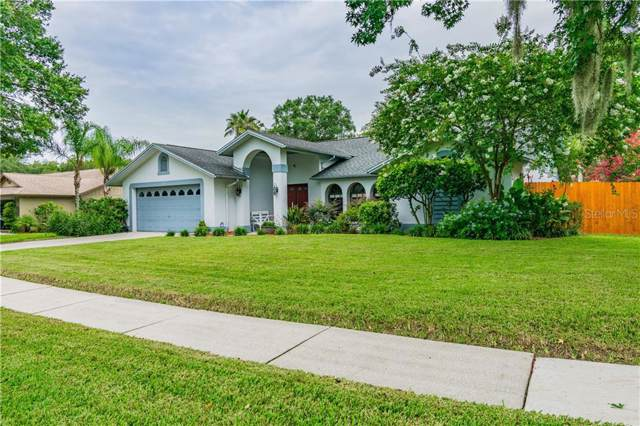 3703 Lithia Ridge Boulevard, Valrico, FL 33596 (MLS #T3186779) :: Jeff Borham & Associates at Keller Williams Realty