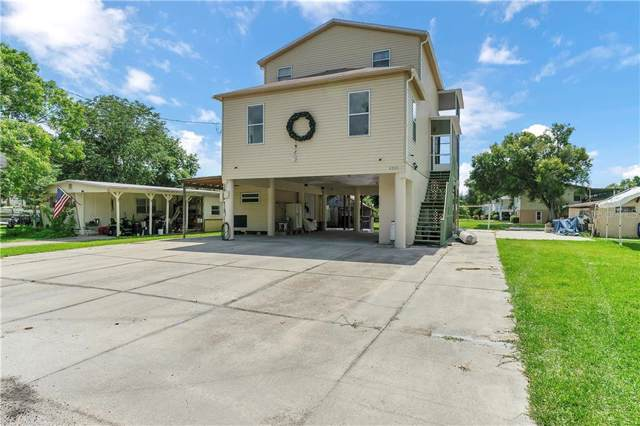 6245 Island Drive, Weeki Wachee, FL 34607 (MLS #T3186967) :: The Duncan Duo Team
