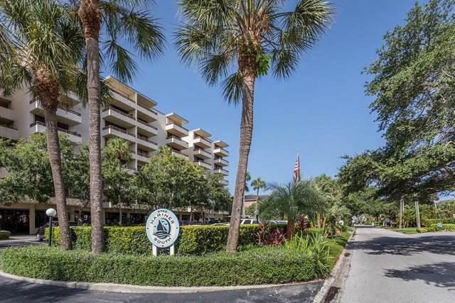 5700 Mariner Street #404, Tampa, FL 33609 (MLS #T3187233) :: Lovitch Realty Group, LLC