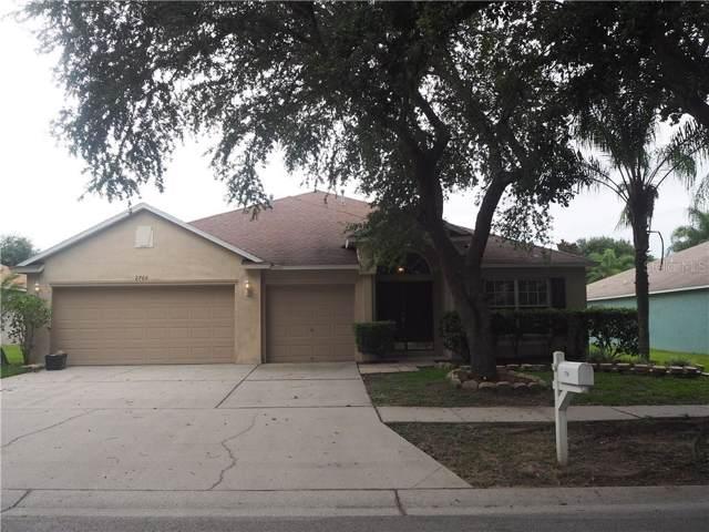 2766 Valencia Grove Drive, Valrico, FL 33596 (MLS #T3188564) :: Griffin Group