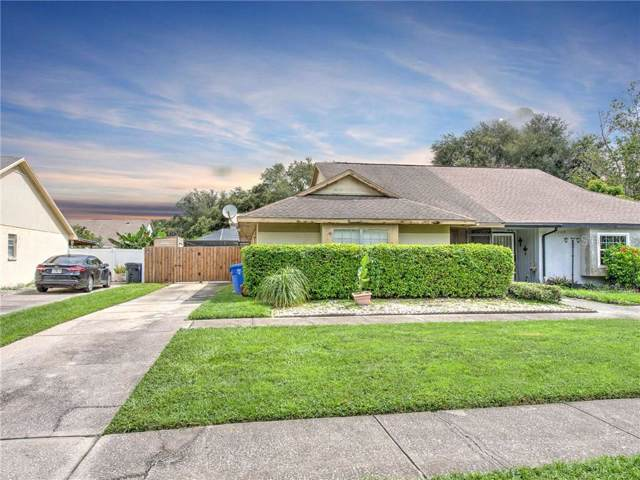 16211 Copperfield Drive, Tampa, FL 33618 (MLS #T3191051) :: The Duncan Duo Team
