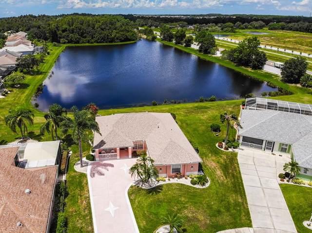 2212 Lyndhurst Drive, Sun City Center, FL 33573 (MLS #T3194578) :: Delgado Home Team at Keller Williams