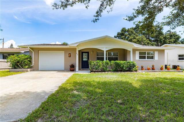 515 Manor Drive, Dunedin, FL 34698 (MLS #T3197621) :: Florida Real Estate Sellers at Keller Williams Realty