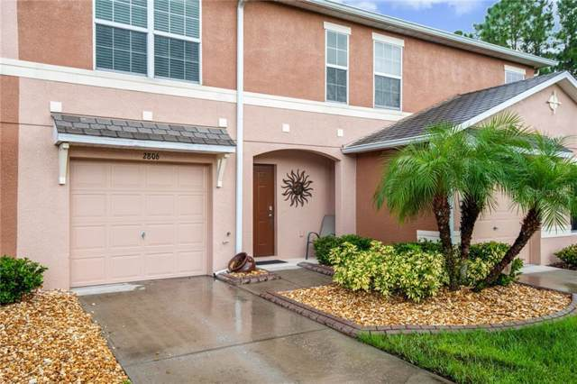 2806 Birchcreek Drive, Wesley Chapel, FL 33544 (MLS #T3198651) :: Team Borham at Keller Williams Realty