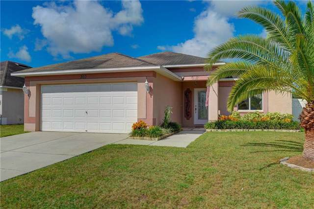 303 Mary Beth Place, Plant City, FL 33563 (MLS #T3198768) :: The Duncan Duo Team
