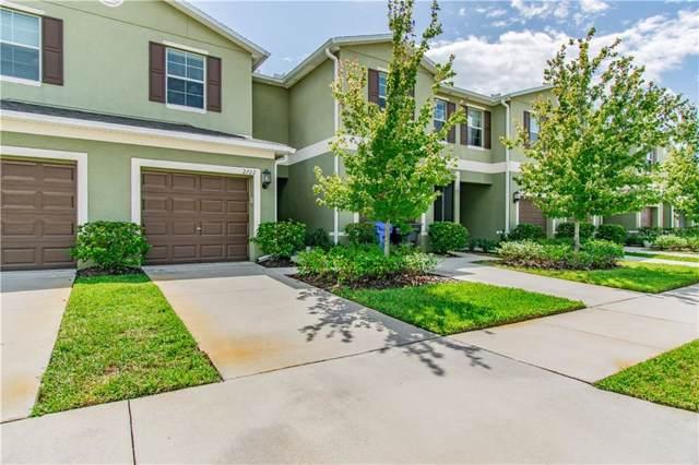2722 Hampton Green Lane, Brandon, FL 33511 (MLS #T3200792) :: RE/MAX Realtec Group
