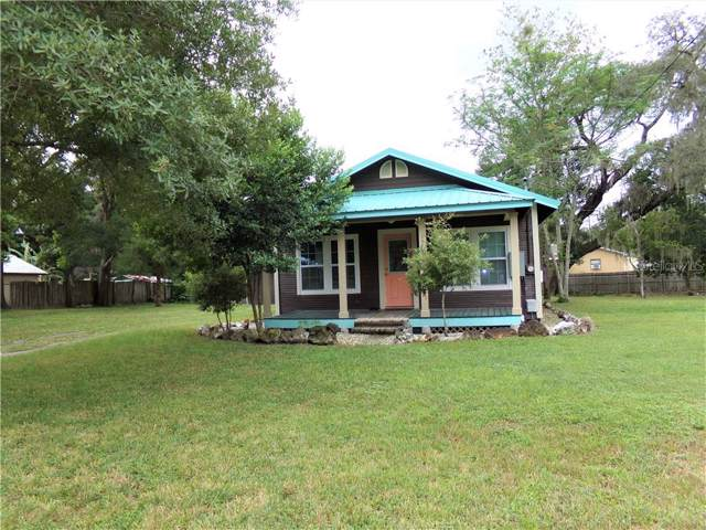 13707 22ND Street, Dade City, FL 33525 (MLS #T3204641) :: Cartwright Realty