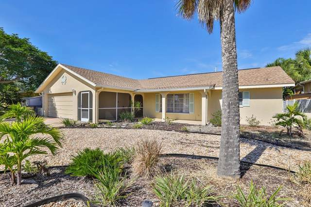 6324 Wisteria Lane, Apollo Beach, FL 33572 (MLS #T3205597) :: Griffin Group