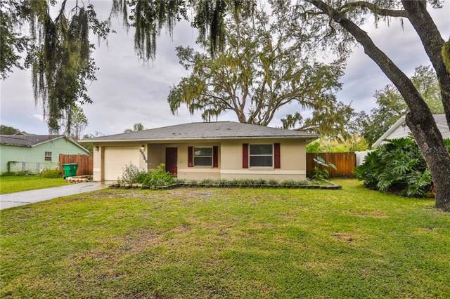 39568 Meadowood Loop, Zephyrhills, FL 33542 (MLS #T3205725) :: The Brenda Wade Team