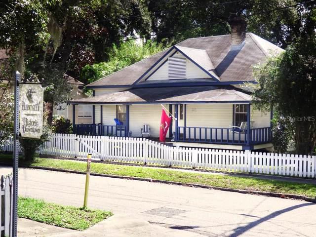 407 W Devane Street, Plant City, FL 33563 (MLS #T3208171) :: Gate Arty & the Group - Keller Williams Realty Smart
