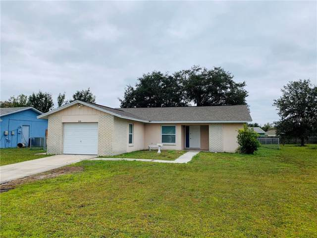606 Wallaby Lane, Poinciana, FL 34759 (MLS #T3210418) :: The Robertson Real Estate Group