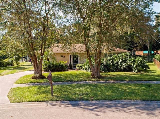 707 Holly Terrace, Brandon, FL 33511 (MLS #T3211185) :: Delgado Home Team at Keller Williams