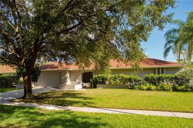 14027 Wolcott Drive, Tampa, FL 33624 (MLS #T3211938) :: The Duncan Duo Team
