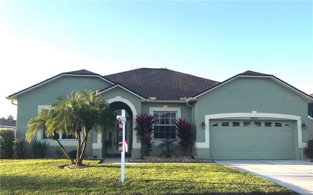 3852 Grand Forks Drive, Land O Lakes, FL 34639 (MLS #T3211981) :: The Duncan Duo Team