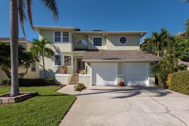 7284 Pebble Beach Lane, Seminole, FL 33777 (MLS #T3212572) :: The Duncan Duo Team