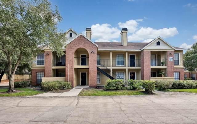 8718 Mallard Reserve Drive #102, Tampa, FL 33614 (MLS #T3214798) :: Lock & Key Realty