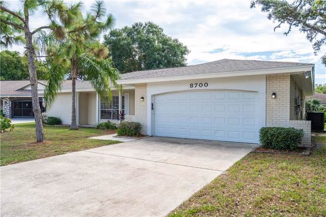 8700 Lincolnshire Drive, Hudson, FL 34667 (MLS #T3214879) :: The Duncan Duo Team