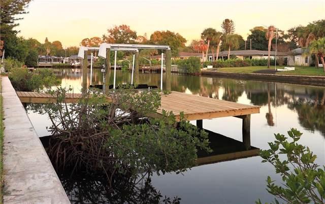 4891 Shore Acres Boulevard NE, St Petersburg, FL 33703 (MLS #T3215293) :: Lockhart & Walseth Team, Realtors