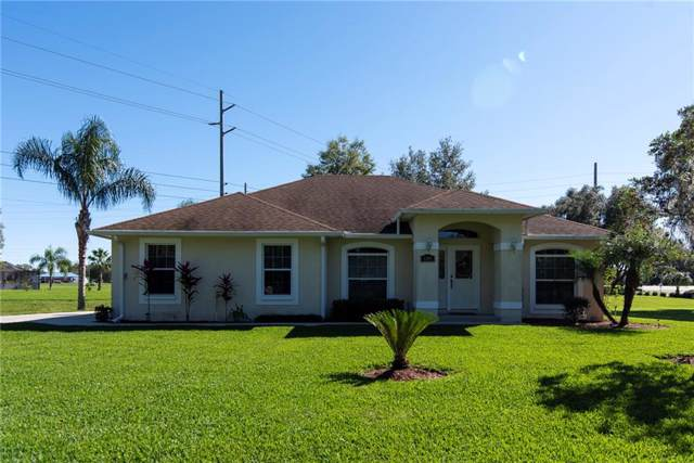 6100 Silver Oaks Drive, Zephyrhills, FL 33542 (MLS #T3218146) :: Team Bohannon Keller Williams, Tampa Properties