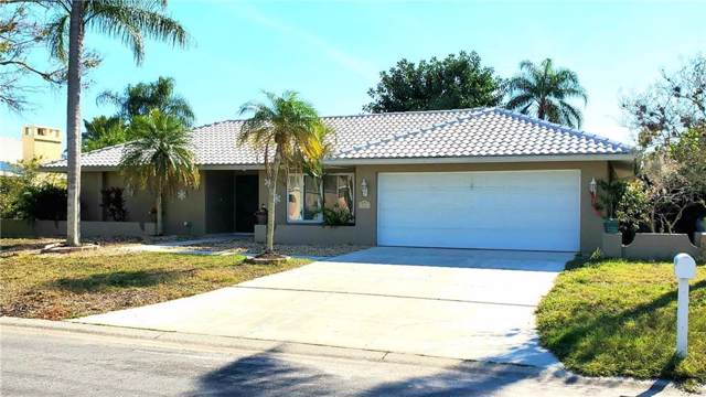 335 Ardenwood Drive, Englewood, FL 34223 (MLS #T3218628) :: Griffin Group
