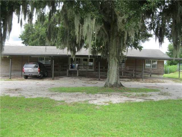10736 Us Highway 301, Dade City, FL 33525 (MLS #T3218734) :: The Duncan Duo Team