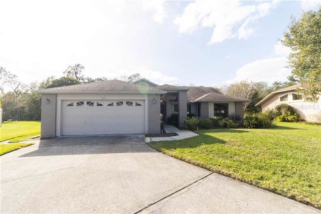 2319 Walden Place S, Plant City, FL 33566 (MLS #T3220760) :: Dalton Wade Real Estate Group