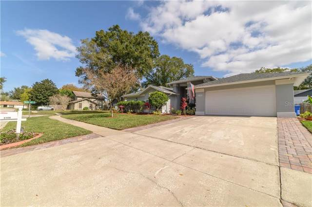 2709 Berryknoll Place, Valrico, FL 33596 (MLS #T3220867) :: GO Realty