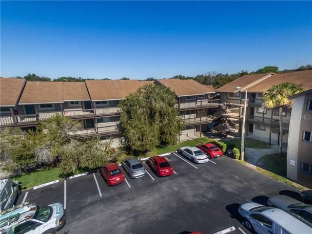 6308 Newtown Circle 8A4, Tampa, FL 33615 (MLS #T3221346) :: Pristine Properties