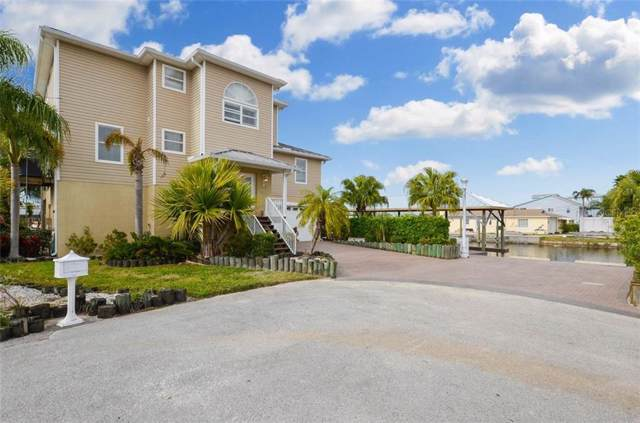 13823 Lavender Avenue, Hudson, FL 34667 (MLS #T3221726) :: Cartwright Realty