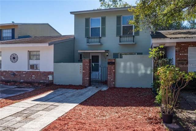 5217 Lawnwood Drive, Temple Terrace, FL 33617 (MLS #T3222152) :: GO Realty