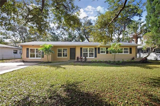 8218 33RD N AVE, St Petersburg, FL 33710 (MLS #T3226776) :: Mark and Joni Coulter | Better Homes and Gardens