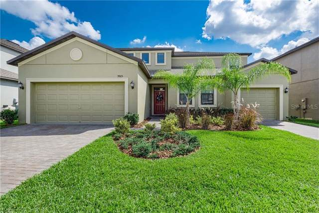 9925 Smarty Jones Drive, Ruskin, FL 33573 (MLS #T3226849) :: Baird Realty Group