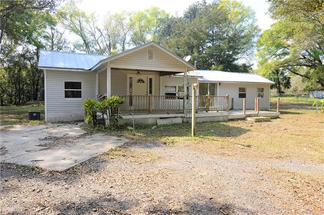 20961 Old Trilby Road, Dade City, FL 33523 (MLS #T3227425) :: Baird Realty Group
