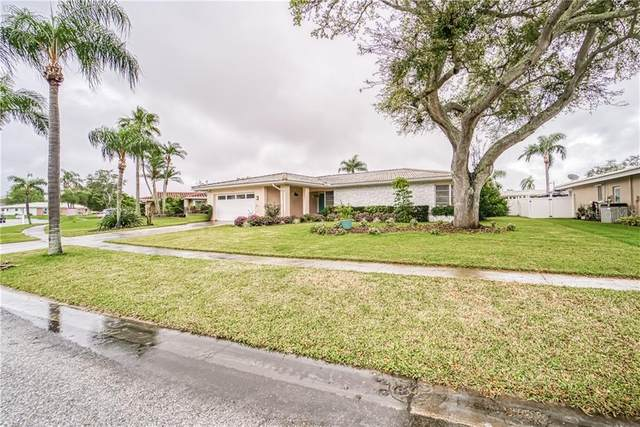14834 Crown Drive, Largo, FL 33774 (MLS #T3228387) :: Baird Realty Group