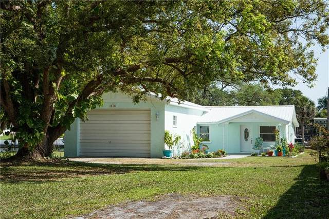 616 69TH Avenue W, Bradenton, FL 34207 (MLS #T3228667) :: Your Florida House Team