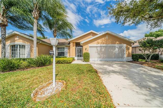 2223 Brookfield Greens Circle #11, Sun City Center, FL 33573 (MLS #T3229673) :: Lock & Key Realty