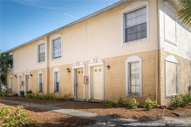 5128 Temple Heights Road D, Tampa, FL 33617 (MLS #T3231978) :: The Figueroa Team